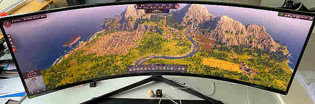 Gaming-Monitor Samsung Odyssey G9 - Test / Review