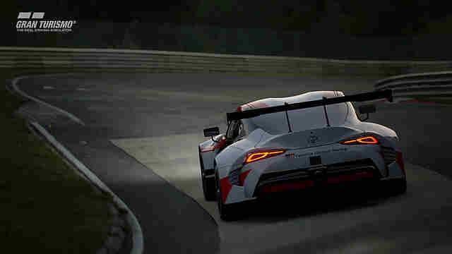 Hat Ein Händler Gran Turismo 7 Geleakt Vorbesteller Boxen Im Regal